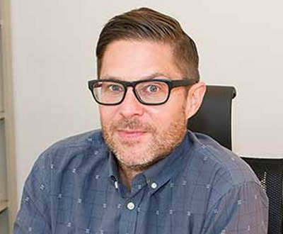 Julián Vida Barea, una fotografía con gafas